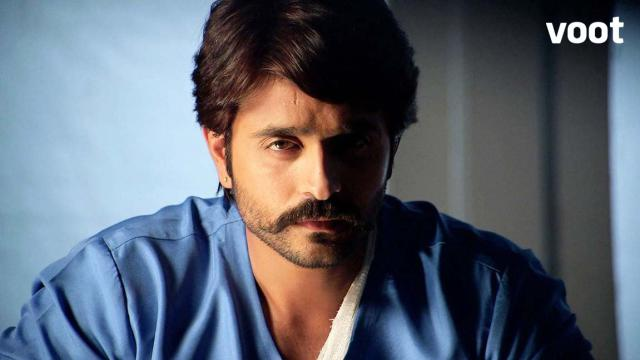 Rudra protects Parvati