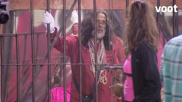 Day 4: Om Baba gets jailed!