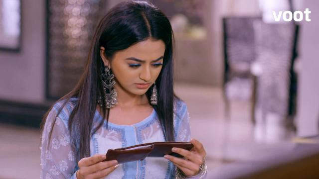 Riddhima finds a crucial clue