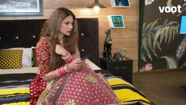 Zoya receives appalling messages!