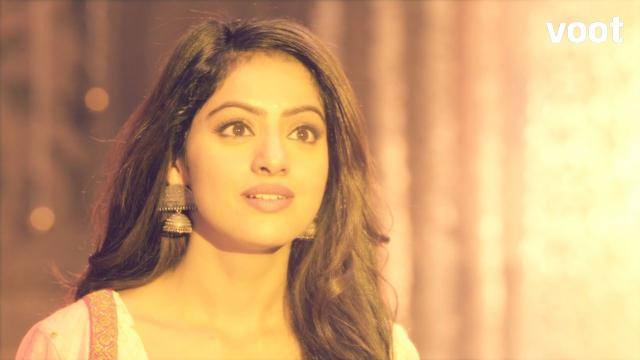 Sandhya enters the forbidden temple!