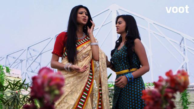 Swara finds out that lucky and Lakshya are the same person