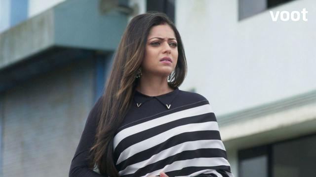Nandini decides to reveal the truth